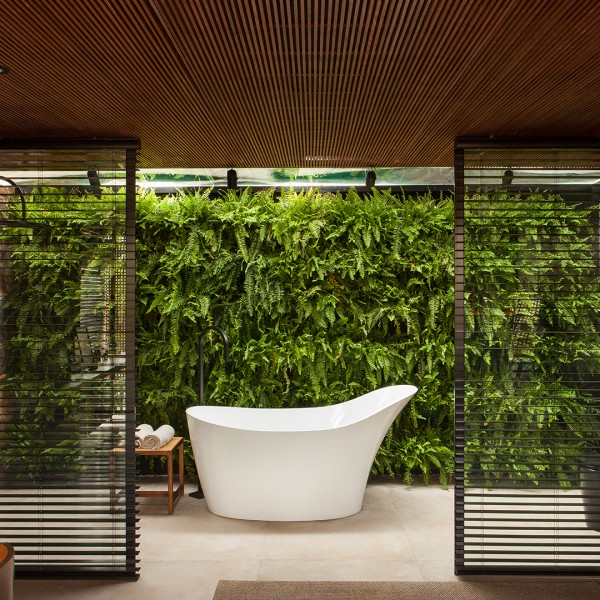 The Living Wall - Victoria+Albert
